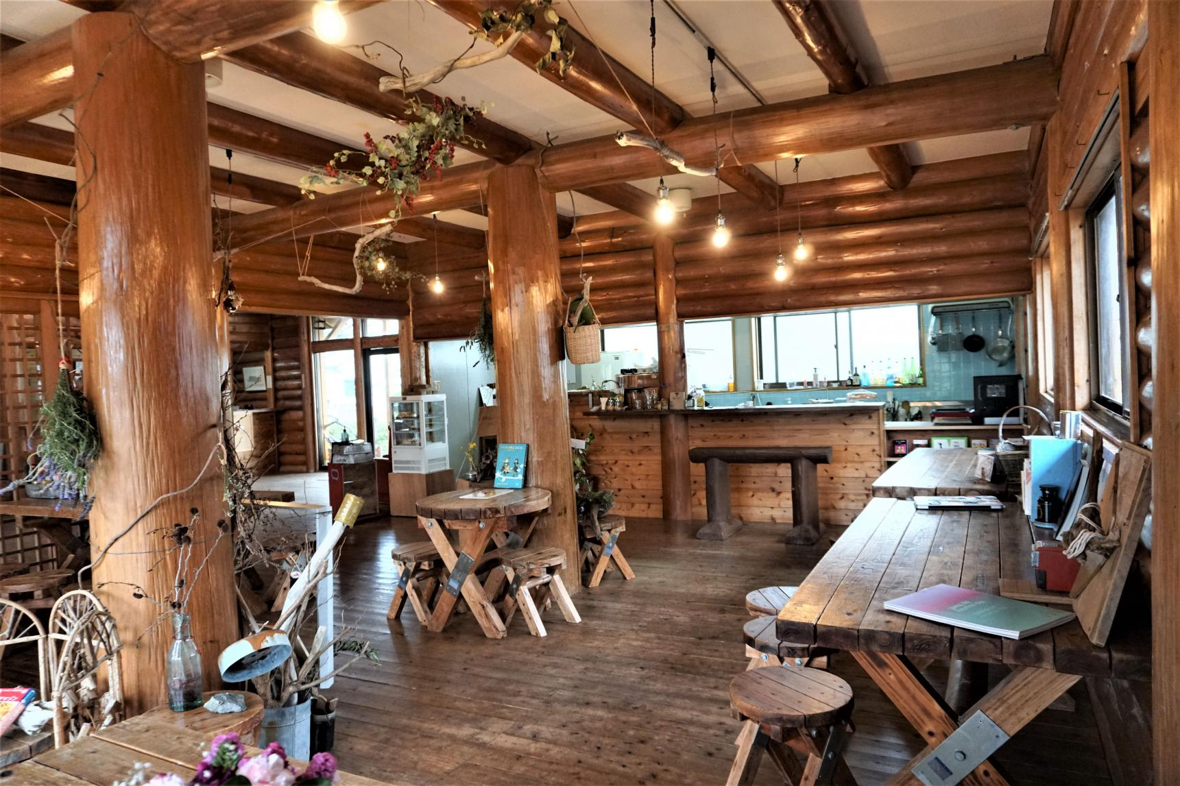 Re-harmo Cafe