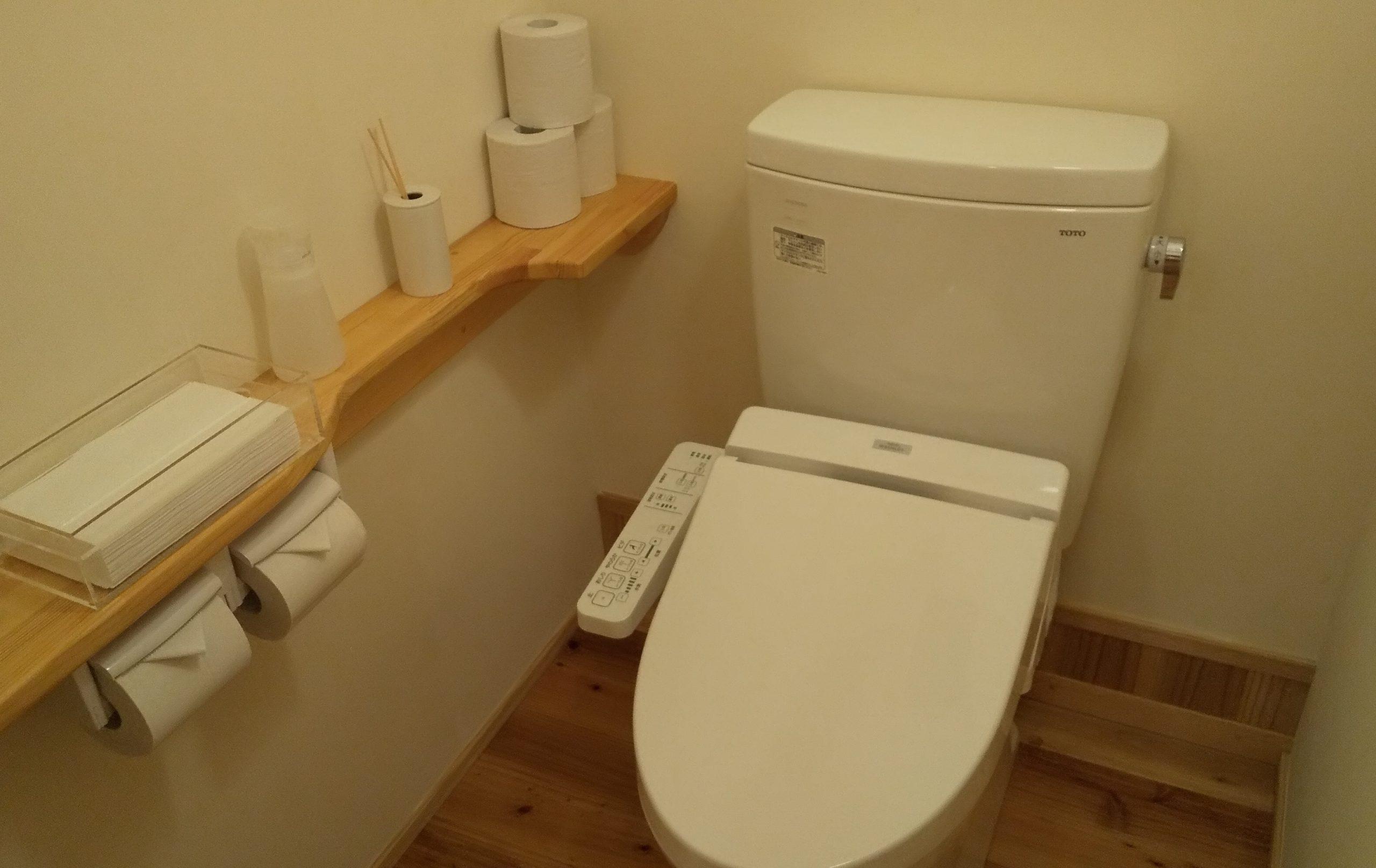 ladies room/女性専用トイレ